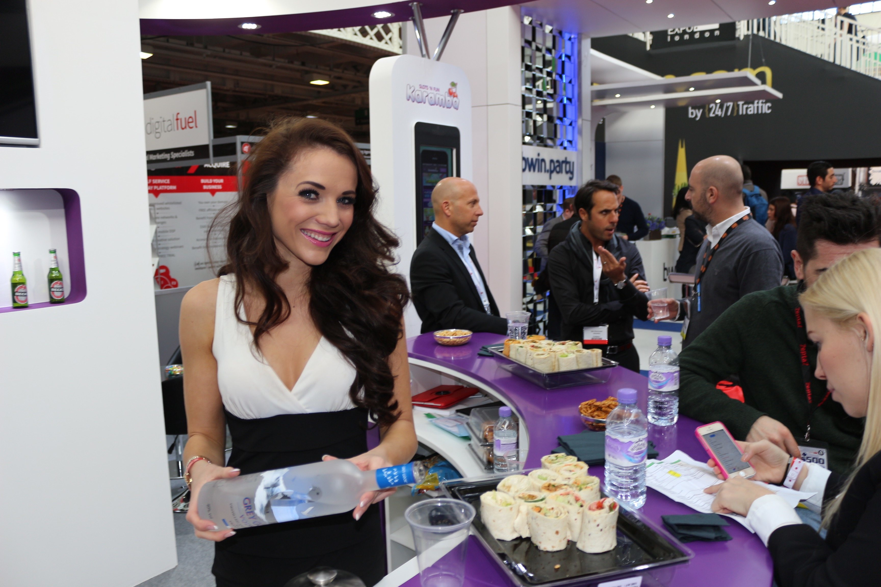 Exhibition Stand Staff : Exhibition stand hostesses available in rust germany